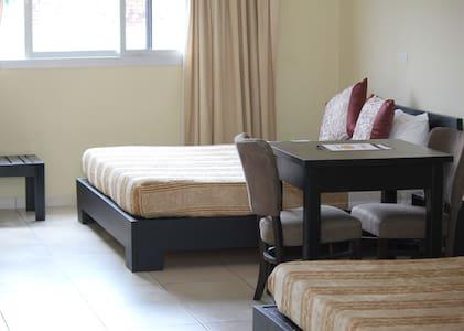 Chambre double lit