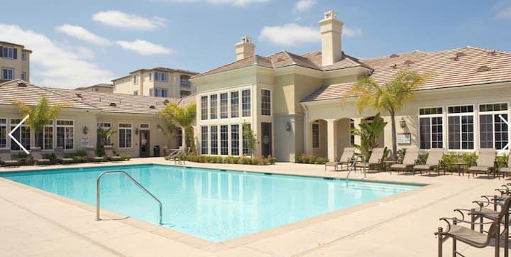 Luxury In Woodland Hills