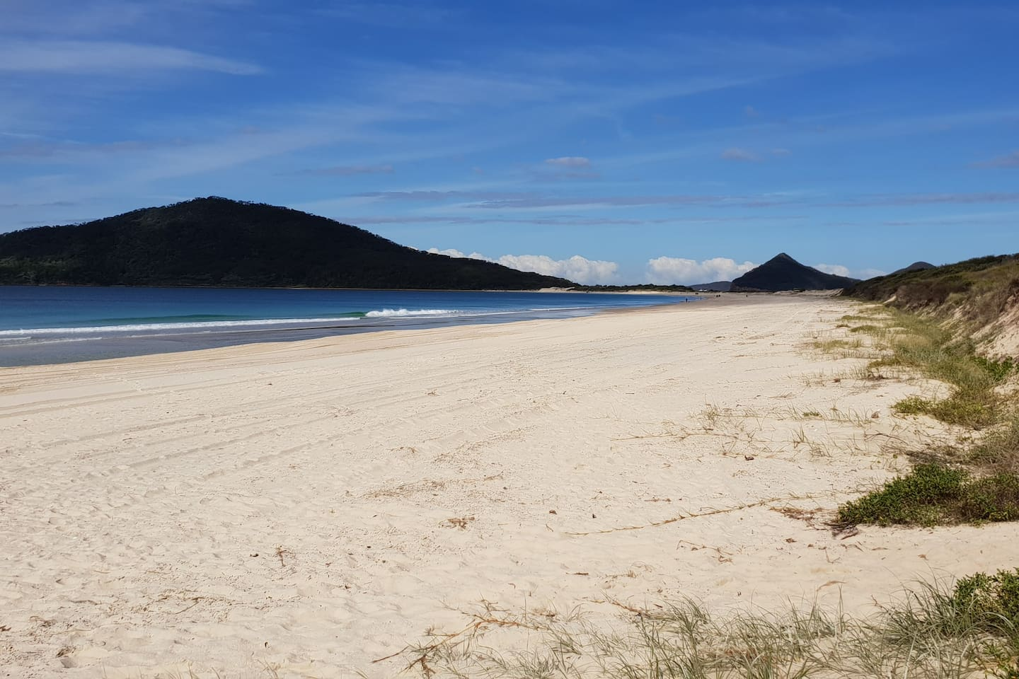 Stunning Bennett's' Beach, Hawks Nest,  270m from Unit