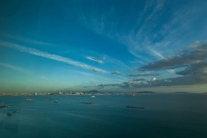 Maritime Sheen Mien | 许你一城繁星、碧海和蓝天