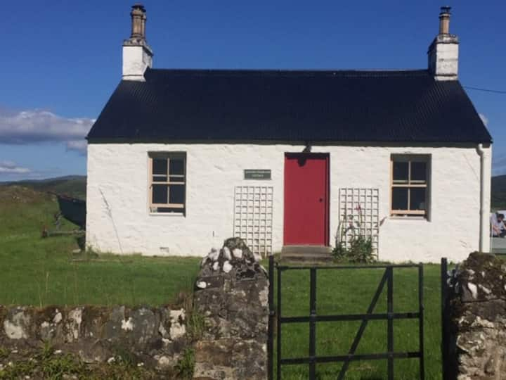 Charming 2 bed cottage near Tarbert