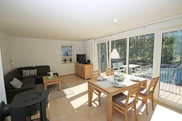 A: Ferienhaus Igelbau mit 2 komfortablen Ferienwohnungen, Ferienhaus Igelbau Whg. 02 mit Balkon