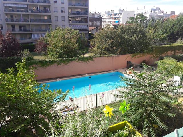 Appartement T3 spacieux 65m², balcon + piscine