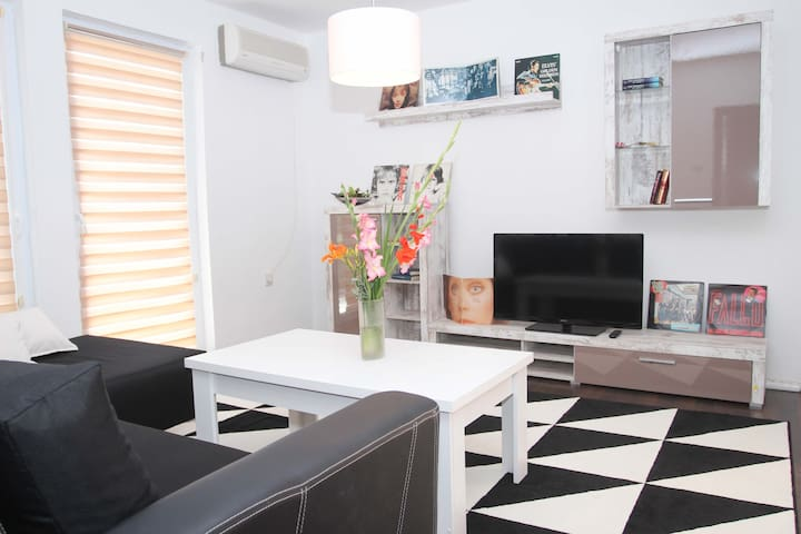 Enjoy Apartment Bihac