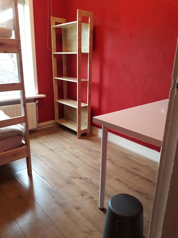 Privé kamer voor 1-2 personen.