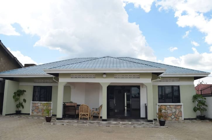 Stay City B&B located in Fort Portal City center