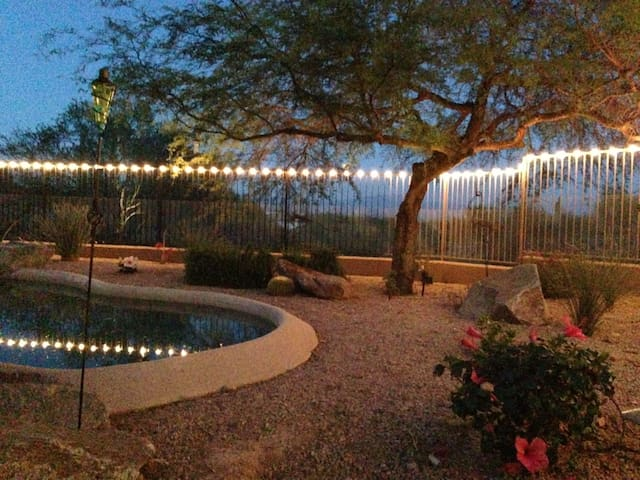 Loaded guest house w/views and pool - Fountain Hills