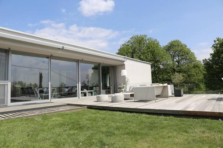 Rustig gelegen, moderne woning nabij Leuven - Leuven (Kessel-Lo) - Villa