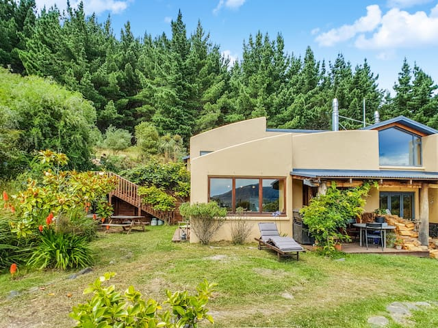Manaaki Lodge – Nature at its Best! 2 Bedroom Home