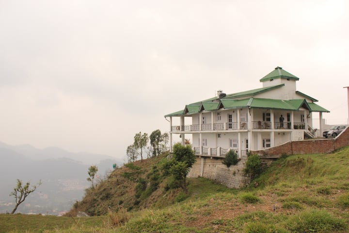 Ekaa- A perfect homestay -30mins drive to Nainital