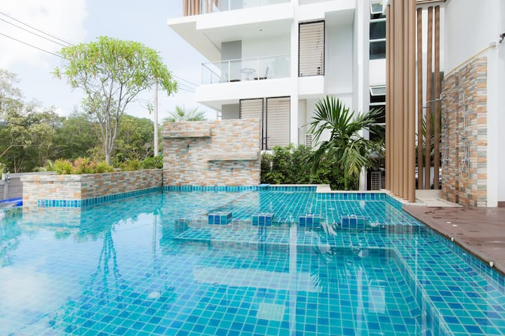 37sqm 1 bedroom condo pool gym wifi - Wichit - Apartamento