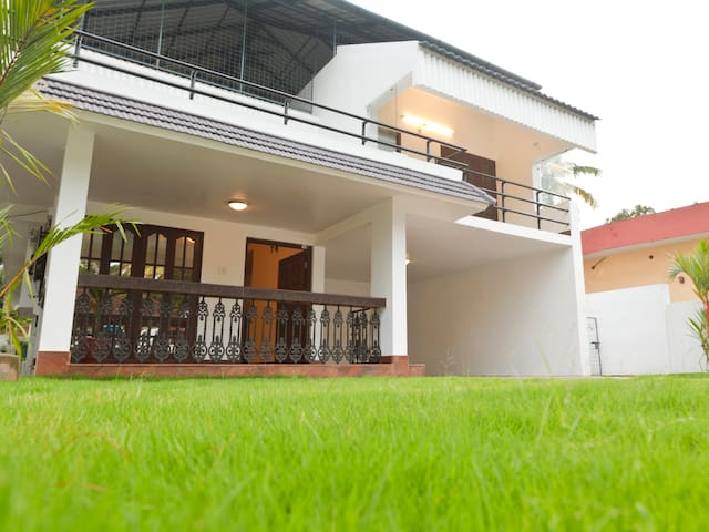 Riviera Residence Entire Apartment - Alappuzha - Bed & Breakfast