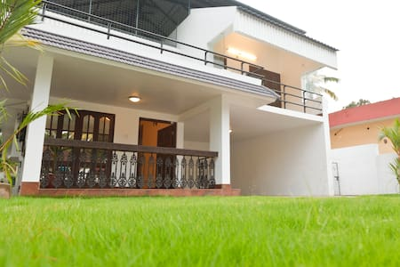 Riviera Residence Entire Apartment - Alappuzha