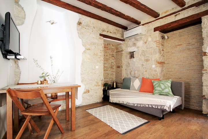 Live in a traditional house in the heart of Vrsar