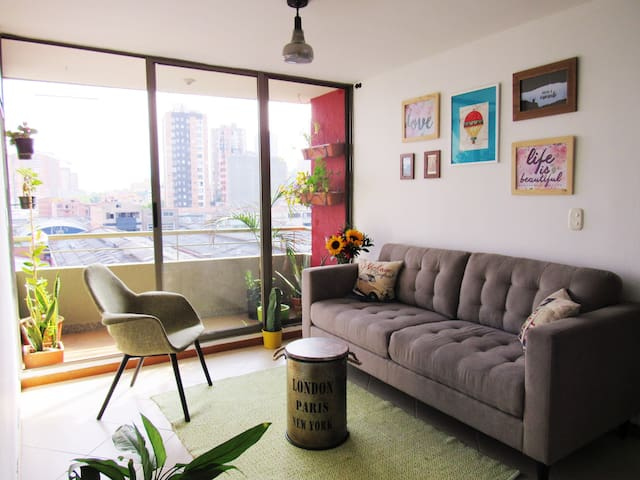 Room in a pleasant atmosphere and cozy - Medellín - Appartement