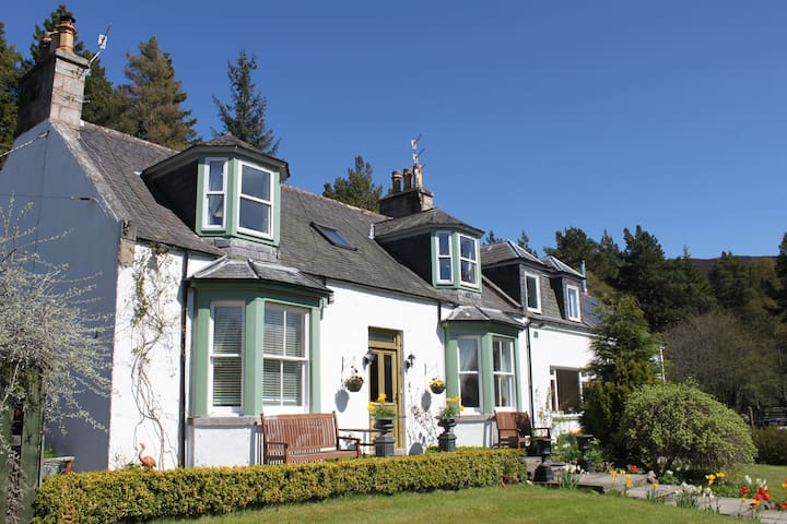Bed & breakfast at Cranford Braemar