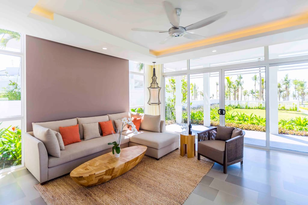 Ocean View Villa - Living Room