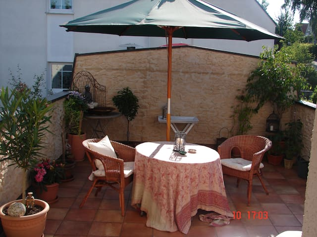 Small but comfortable! - Landshut - Bed & Breakfast
