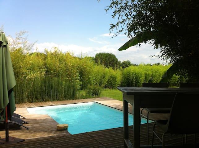 Gîte charme spacieux avec piscine et jardin privés - Labastide-Villefranche - Rumah