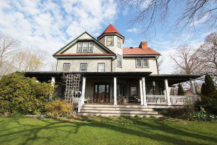 Historic Grand Victorian on Hill #3 - Mattituck