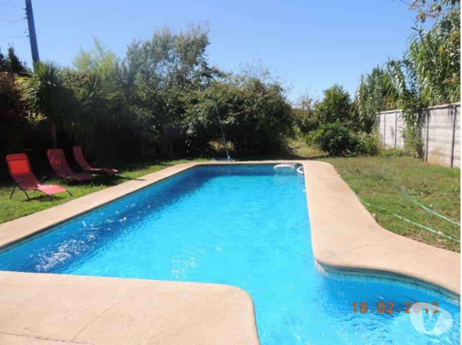 Espectacular casa quinta en quill n privada casas en for Alquiler de casas con piscina privada que admiten perros
