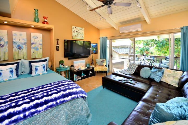 Welcome to SEASHORE COTTAGE (Our Sunny Maui Condo)