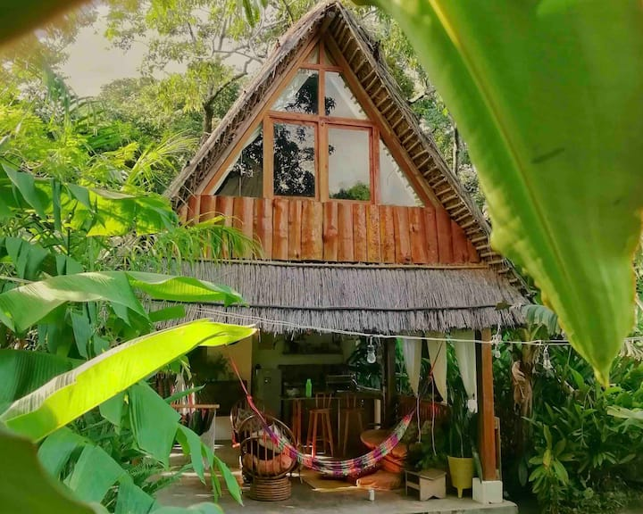 Jaraguah eco cabin in the mountains.