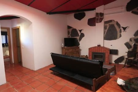 A6-Great family house in Alentejo - Apartemen