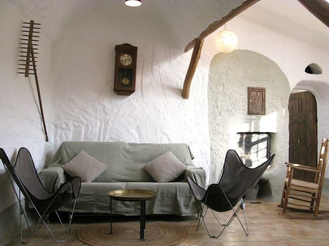 Cueva Alcobas 3