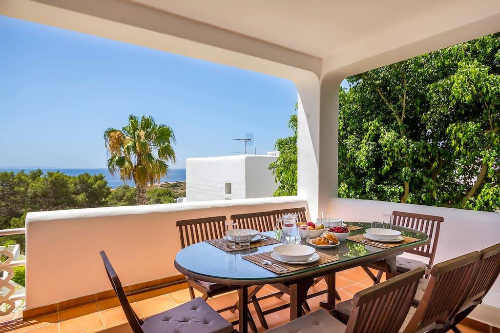 Livingroom terrace with sea view