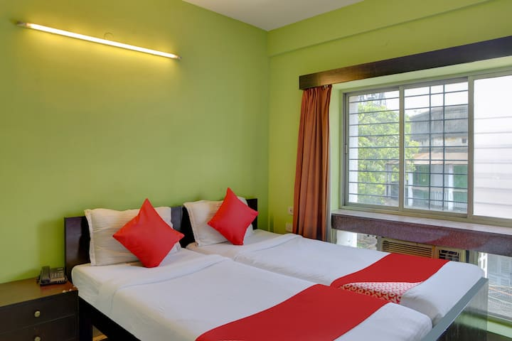 OYO 1 BR Quality Stay In Ballygunge Kolkata