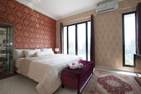 Cozy Luxury New Home  (Woman only) - South Tangerang - Ev