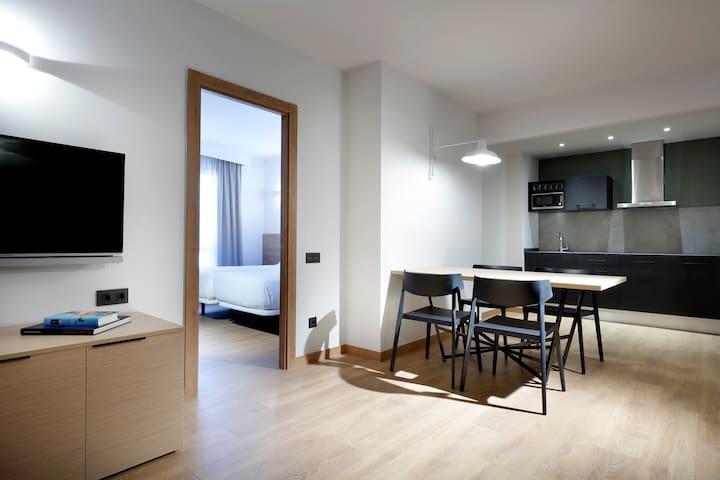 Apartamento amplio y cómodo con piscina y gimnasio
