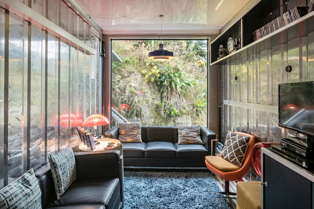 The wellington container house houses for rent in for Wellington house designs