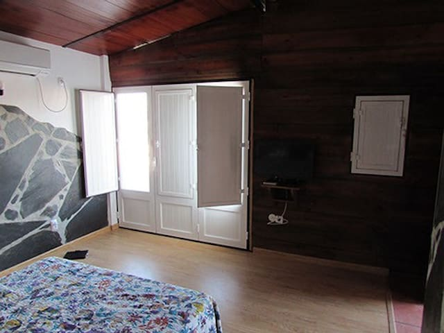 Q1-Great room with a view - Montoito - Apartamento
