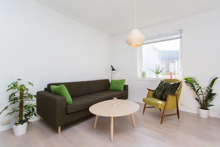 Elegant Nordic family home close to city center