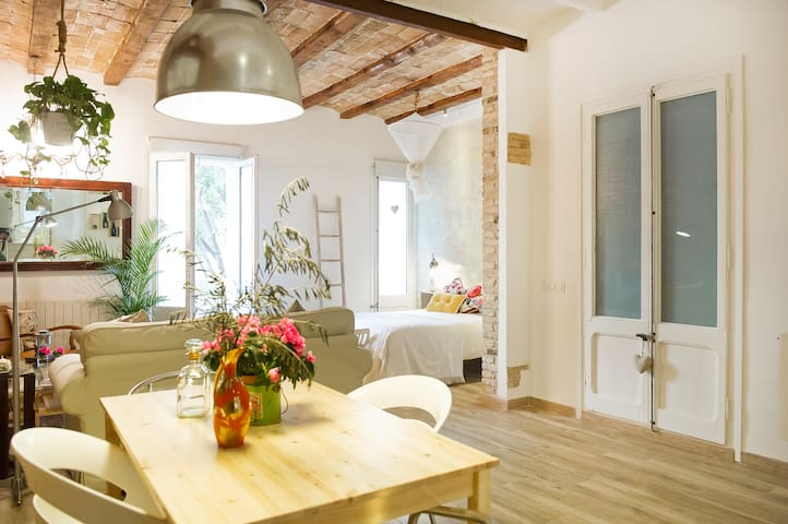 Renovated & Vintage en Barcelona - Barcelone - Appartement