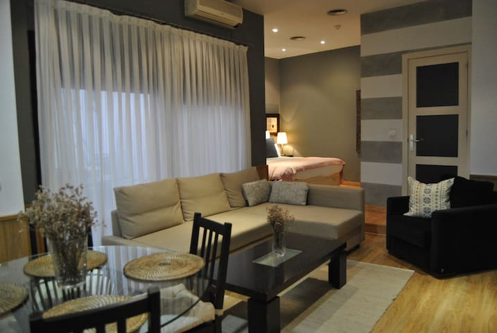 Central Apartment with free entry to the gym