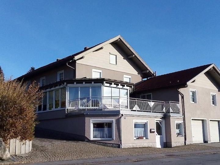 Ferienwohnungen Kilger (Mauth), Ferienwohnung Lusenblick mit eigener Terrasse