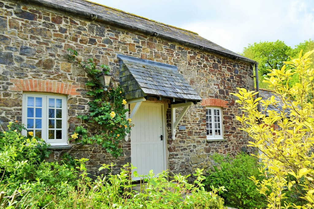 Charming Country Cottage- Stoneleigh Knowle Estate