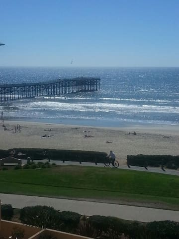 Ocean front Pacific Beach Ca