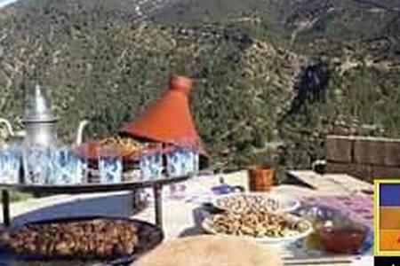 Chamre Azzaden - Ouirgane