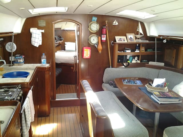 46 yacht with two double cabins. - Airlie Beach - Boot