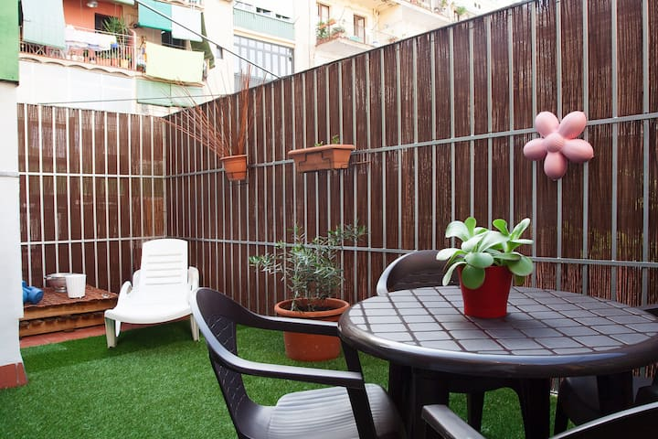 DOWNTOWN APARTMENT WITH TERRACE - Barcelona - Apartment