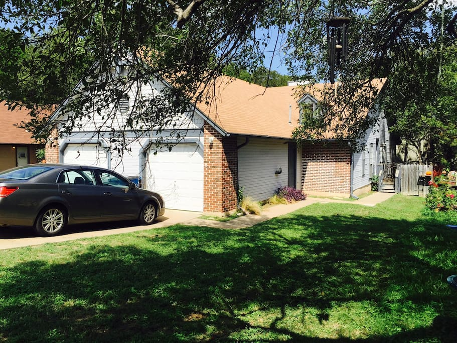Duplex 1 7 Miles Away From Downtown Houses For Rent In Austin Texas United States