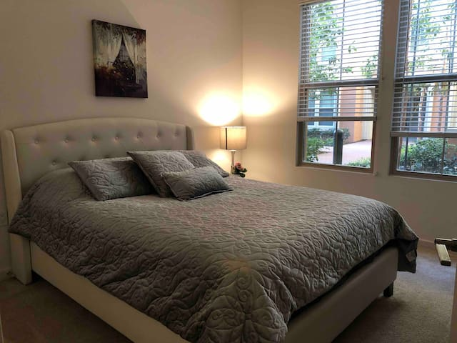 luxurious private room/Close to Disney!