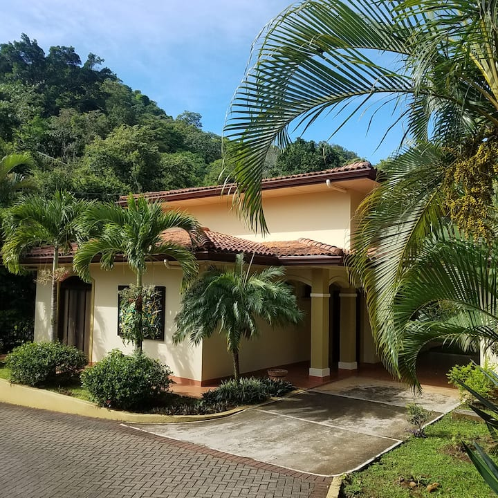 Long Term Rental Carriage House Atenas Costa Rica!