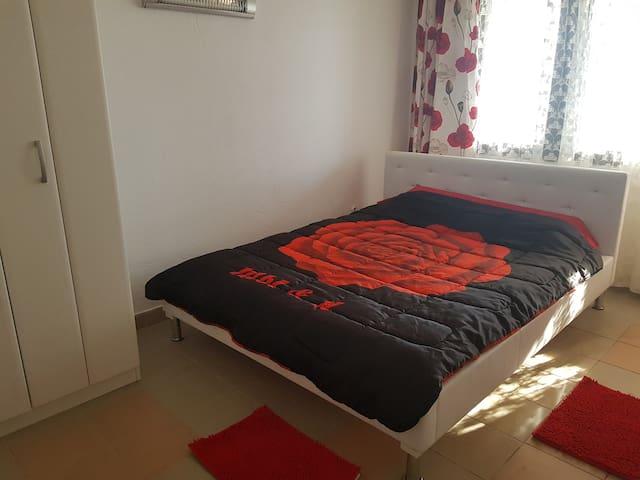Spalna soba