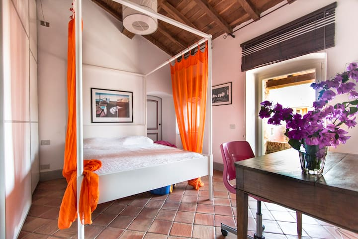 casa colonica di fine 700 - Borghetto-melara - Bed & Breakfast