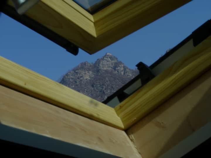 Wonderful mansard apartment in the mountain.